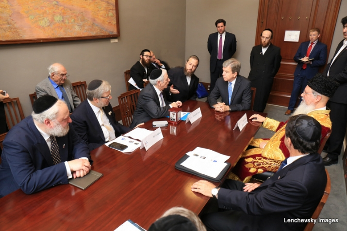 Mission participants in discussion with US Senator Roy Blunt, SolGoldner,RoyBlunt,EzraFriedlander,JosephB.Stamm,ItzhakYehoshua, , ezra friedlander