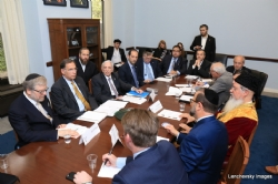 Mission participants in discussion with US Senator John Boozman, EzraFriedlander