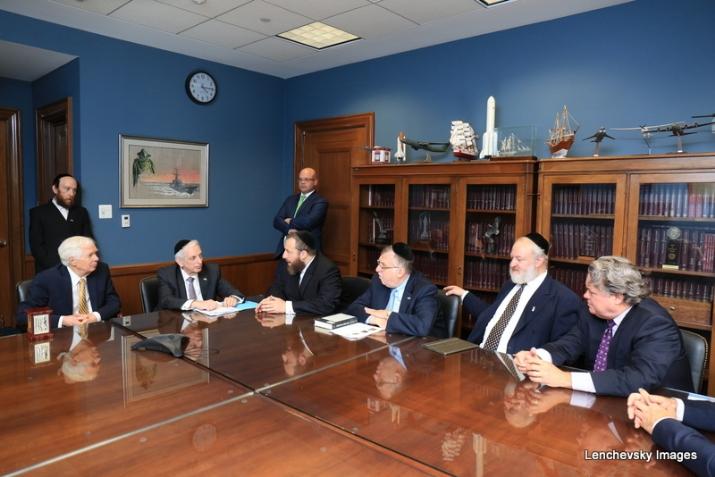 Mission participants in discussion with US Senator Thad Cochran, EzraFriedlander,JosephB.Stamm,LeonGoldenberg,ThadCochran, , ezra friedlander