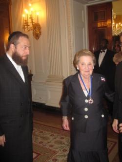 Ezra Friedlander, Madeleine Albright, Madeleine Albright