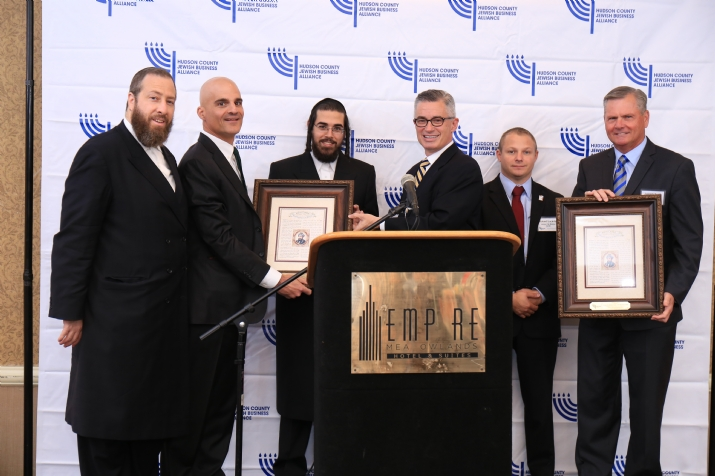 L-R: Ezra Friedlander, CEO, The Friedlander Group; Honoree Mark Gerson, Chairman, United Rescue & United Hatzalah; David Rosenberg, Executive Director, HCJBA; James McGreevey, Former Gov. and Executive Director of JC Employment & Training; Honoree Robert Luckritz, Director of EMS, Jersey City Medical Center; Honoree Joseph Scott FACHE, President & CEO, Jersey City Medical Center.