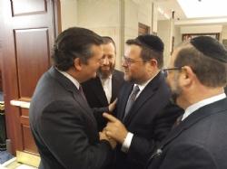 U.S. Senator Ted Cruz, Ezra Friedlander, Chaskel Bennett, Leon Goldenberg, Ted Cruz